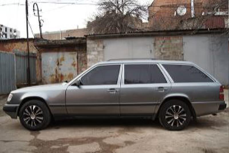 Mercedes Benz 124 _2